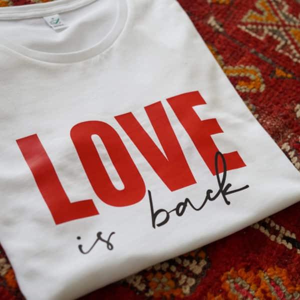 Tee-shirt à message Love is back