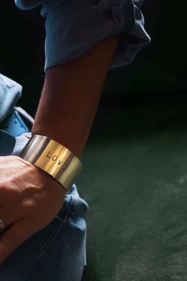 Bracelet message Love en laiton