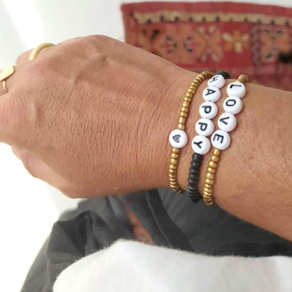 Bracelet perles lettres CŒUR or