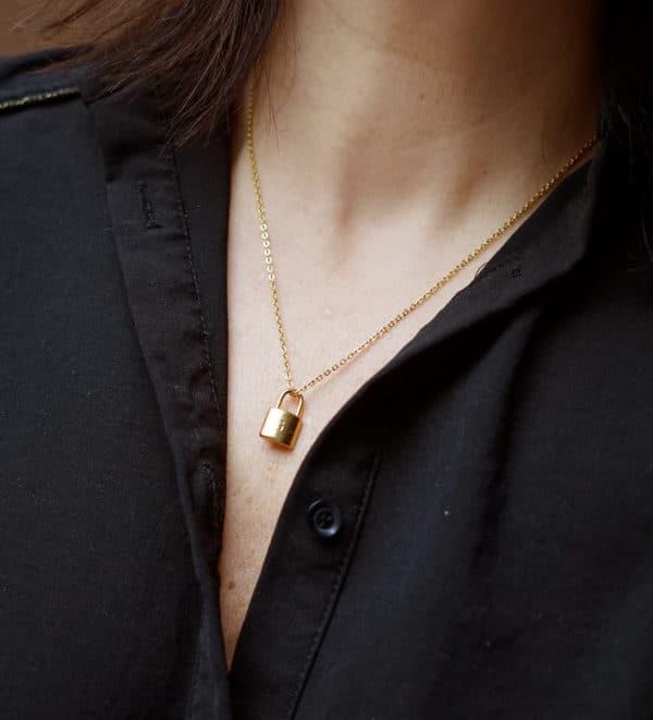 Collier pendentif cadenas